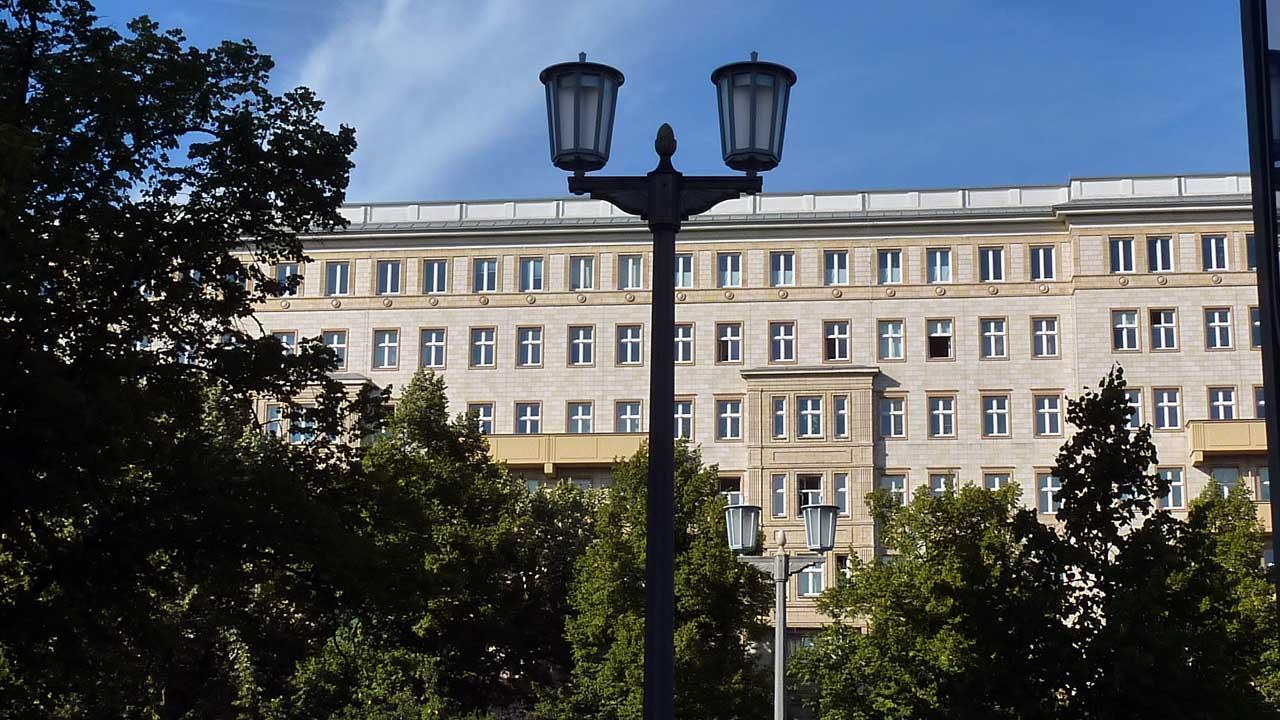 Firedrichshains Umgebung ist von den Stalin-Bauten geprägt